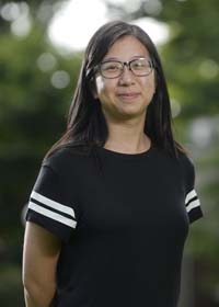 Rachel Yang : Visual Arts & Bookstore & Library Reporter