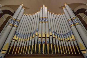 The Tallman Tracker Organ sits at the heart of the Hall of Christ.