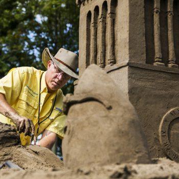 082517_sand_sculptor_ec_01