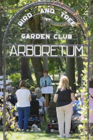 0708_ArboretumHonoring_BCH_1