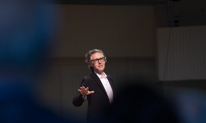 072019_Ira_Glass_MS_02
