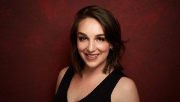 Diane Machin Headshot 0716_OperaBehindtheScenesStageDirectionjpg
