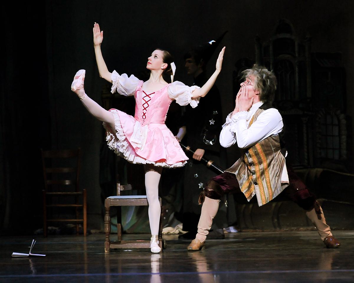 Alexandra Kochis and Stephen Hadala