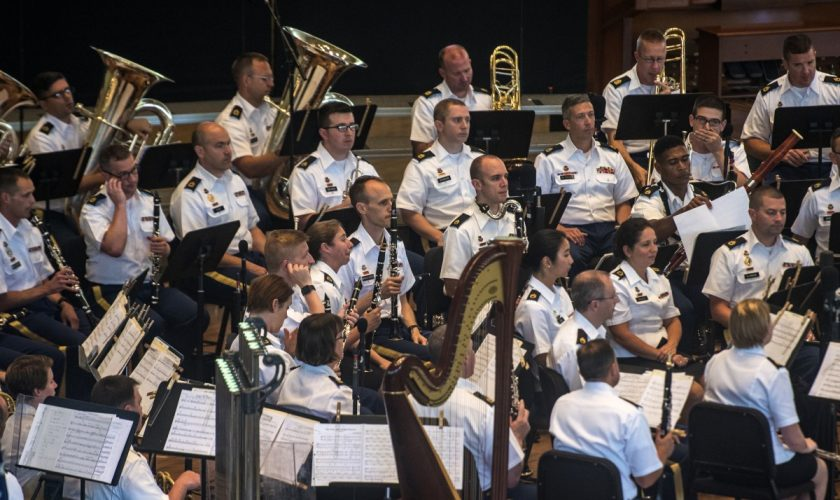 062318_Army_Field_Band_File_OS_01